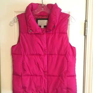 Old Navy Hot Pink Puffer Vest - Small